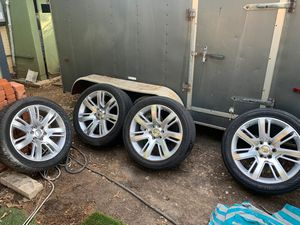 22's. 6 lug Chevy or GMC for Sale in Dallas, TX
