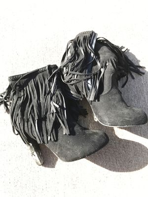 Women's boots Size 8 1/2 for Sale in Ruskin, FL