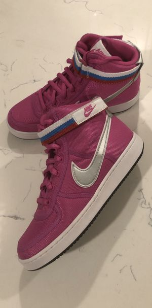 Nike Vandal High Supreme Women's Size 7.5/ 6Y for Sale in Jurupa Valley, CA