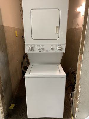 24 Wide Kenmore Electric Stackable Washer/Dryer 120 Volts for Sale in Santa Ana, CA