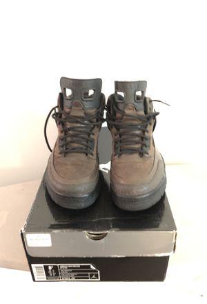 Jordan winterized spizike size 8-12 for Sale in Boston, MA