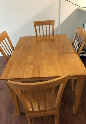 Dining room table with 4 chairs for Sale in Fort Wayne, IN