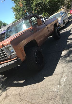 1975 Chevy c10 4x4 for Sale in Fresno, CA