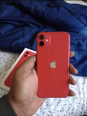 iPhone 11 Red 64 GB for Sale in Los Angeles, CA