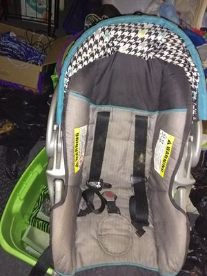 Infant car seat for Sale in Tennerton, WV