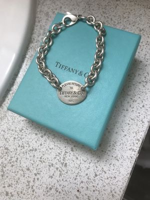 Tiffany & Co. Oval Tag Bracelet for Sale in Tempe, AZ