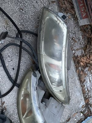 International truck headlights for Sale in Tampa, FL
