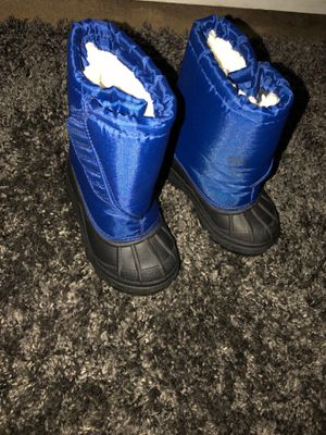 Snow/ Rain boots for Sale in Irwindale, CA