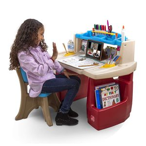 Deluxe Art Master Kids Desk for Sale in Beaumont, CA