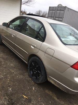 Honda Civic 2002 198,000 miles has an oil leak asking 2,000 obo for Sale in Augusta, KS