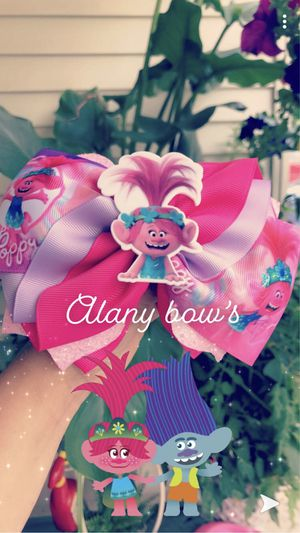 Trolls poppy bow 💞💕🎀 for Sale in Federal Way, WA
