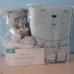 Crib Bedding Set 4 Piece Is New for Sale in Hollywood, FL
