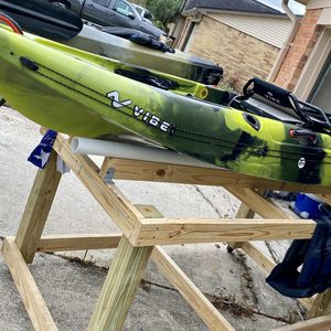 Vibe Yellowfin 100 Kayak for Sale in Houston, TX