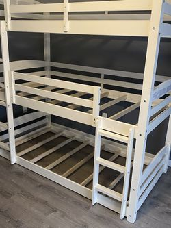 Triple Bunk Bed for Sale in Kissimmee,  FL