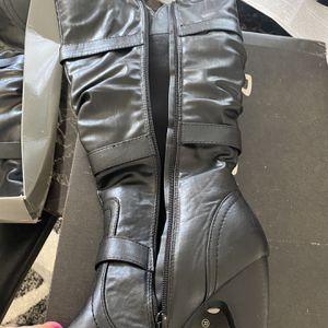 Womans Heel Boots for Sale in Eastpointe, MI
