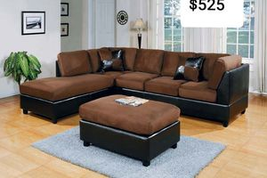 2 tones Sectional with ottoman ( new ) for Sale in Hayward, CA