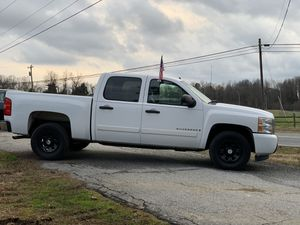 2007 Chevy Silverado lt for Sale in High Point, NC
