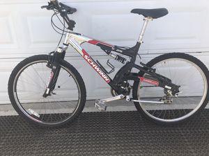 Schwinn Mountain Bike for Sale in Los Alamitos, CA
