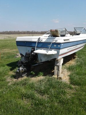 16 foot Bayliner parts boat only for Sale in Queenstown, MD