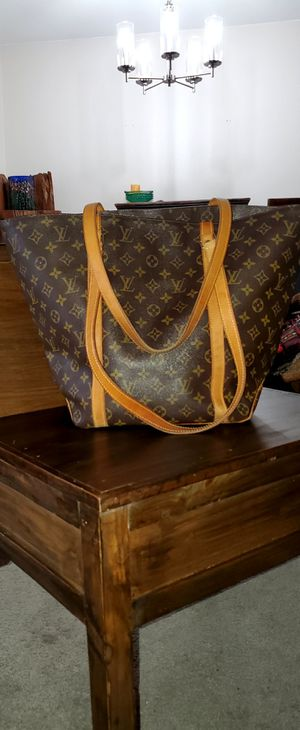 Authentic Louis Vuitton Monogram Sac Shopping Shoulder Tote Bag for Sale in Los Angeles, CA