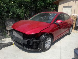 2017 hyunday elantra por parts for Sale in Los Angeles, CA