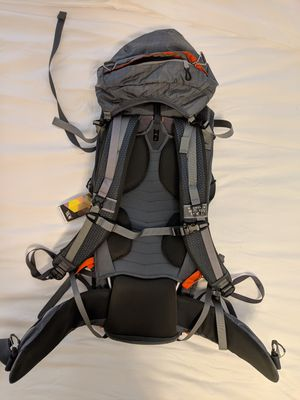 NEW Mountain Hardwear Ozonic 70L Backpack for Sale in San Francisco, CA