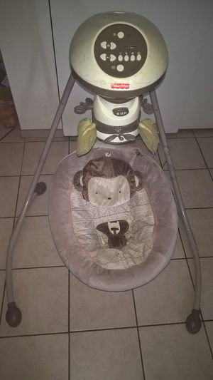 Fisher Price baby swing for Sale in Glendale, AZ
