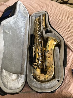 Yamaha YAS -23 ALTO SAXOPHONE WITH CASE for Sale in Dallas, TX