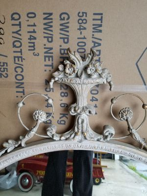 ANTIQUE ORNATE FRAMED OVAL MIRROR LARGE for Sale in Concord, MA