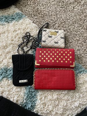 Wallets/phone purse for Sale in Nashville, TN