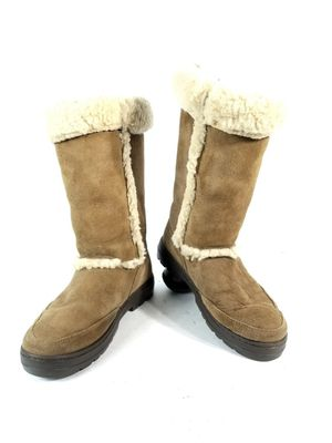 Ugg Sundance II Chestnut Sheepskin Women's Size 9 Snow and Winter Boots! for Sale in Northglenn, CO