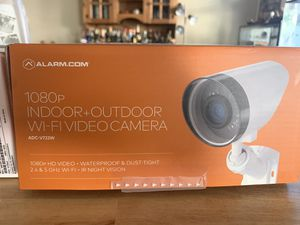 """2 surveillance cameras from """"Alarm . Com"""" (Great Condition) for Sale in Las Vegas, NV"""