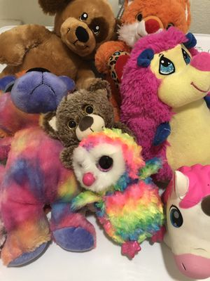 Lots of stuffed animals for Sale in Temecula, CA