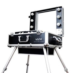 NYX Pro Makeup Traincase/ Vanity for Sale in Pomona, CA