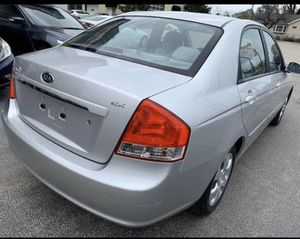 2005 Kia spectra for Sale in West Dundee, IL