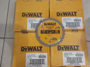 Dewalt 7 1/4 24T saw blades for Sale in Palm Springs, FL