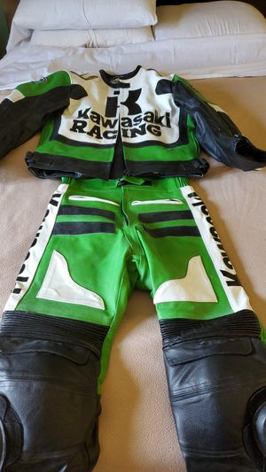 Motorcycle leather suits kawasaki for Sale in Irvine, CA