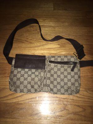 Gucci crossbody bag for Sale in Orange, CT