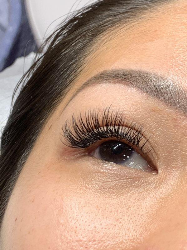 Mink 40$ or 60$ or volume 80$ mega volume 100$ eyelash extensions