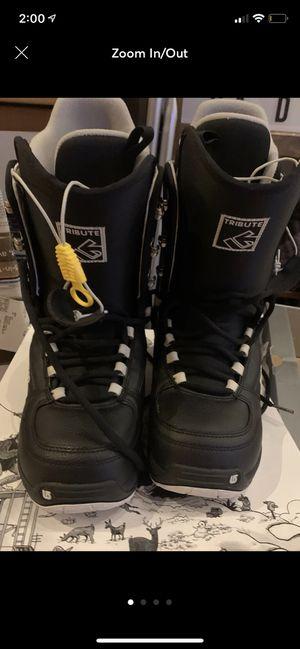Men's size 7 Burton snowboard boots - black for Sale in Minneapolis, MN
