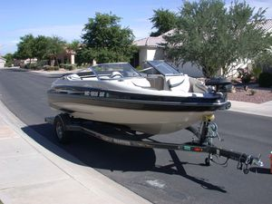 2004 Glastron GX-185 Ski and Fish Boat for Sale in Gilbert, AZ