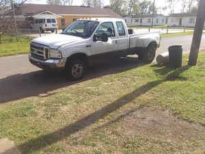 99 Ford 350 4 wheel Dr. Diesel fuel for Sale in Alexandria, LA