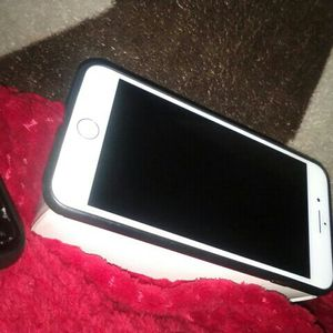 IPHONE 8 Plus 256gb CLEAN for Sale in Los Angeles, CA