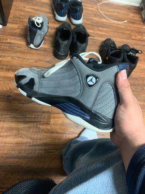 Jordan 14 retro(2011) [Light Graphite} for Sale in Dallas, TX