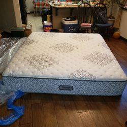 Beautyrest Standard King Bed for Sale in Clovis,  CA