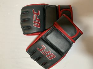 UFC - Martial arts Training gloves for Sale in Aloha, OR