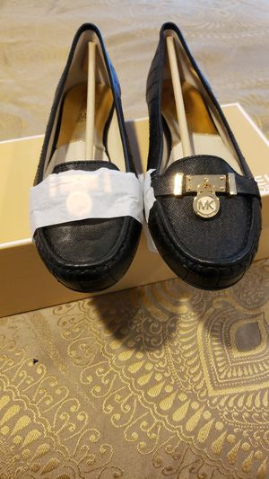 Michael kors size 11 for Sale in Greenvale, NY