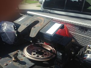 5th wheel hitch for Sale in Tampa, FL