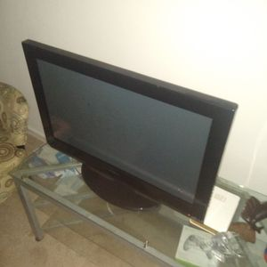 32 Inch Flat Screen Tv It's A Insignia for Sale in Richmond, VA
