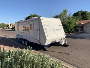 2008 kz coyote 22 pc hybrid travel trailer for Sale in Phoenix, AZ